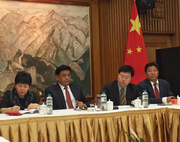 Tibetan team visits UK to promote culture