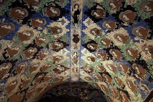 Die Wandmalereien in den Tausend-Buddha-Grotten von Kezil