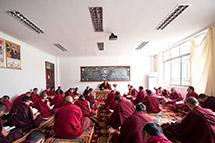 探访西藏佛学院