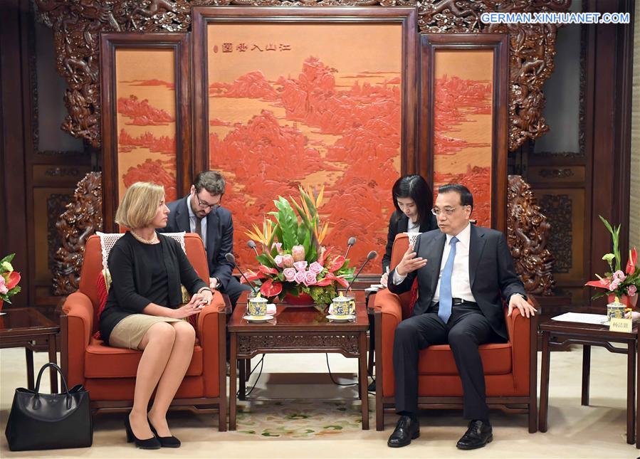 Li Keqiang trifft Hohe Vertreterin der EU für Außen- und Sicherheitspolitik