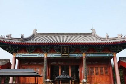 Das Yongqing-Kloster in Hainan