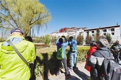 入藏旅游 持续升温