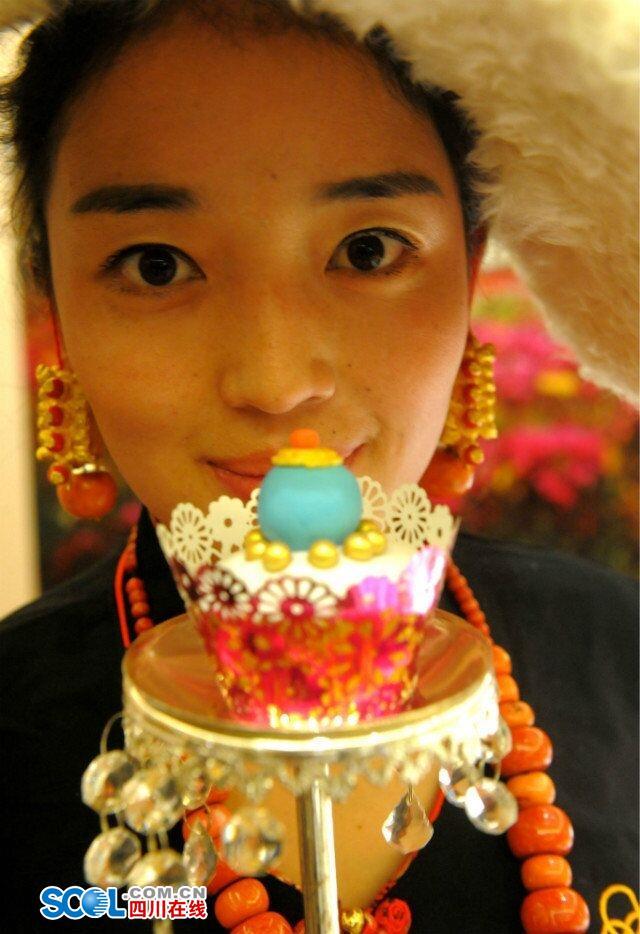 Tibetan pastries popular in Chengdu