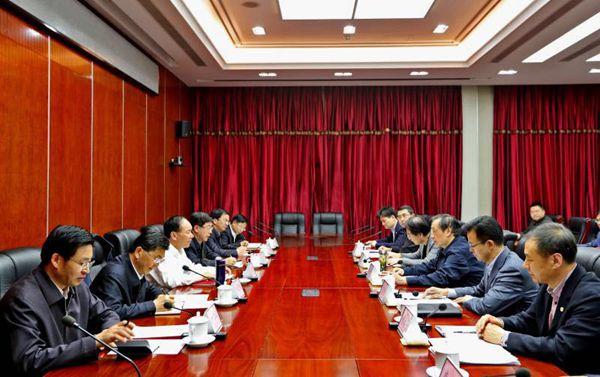 国家旅游局与西藏自治区党委、政府举行工作会商