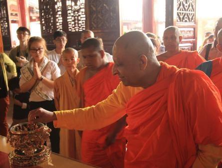 Patriarch von Sri Lanka besucht Nanhua-Kloster