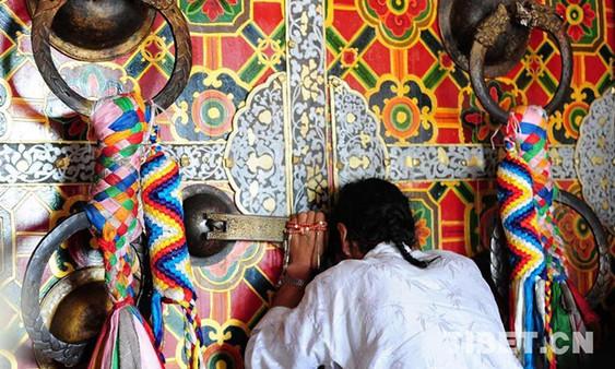 Die traditionelle Kultur soll sich mit der Zeit entwickeln