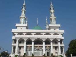 保家乡清真寺:加强引导促和谐