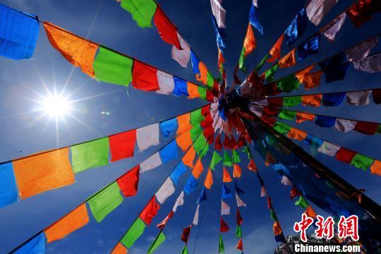 Early summer scenery in Hexi Corridor, Gansu