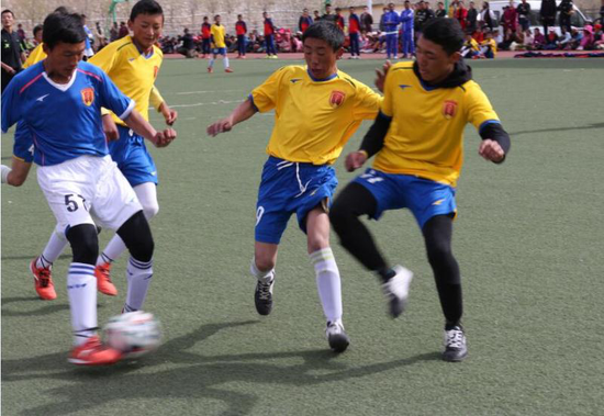 First youth soccer school opens in Yushu