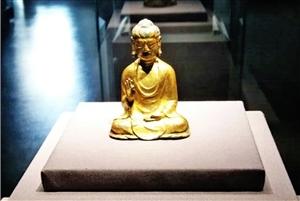Dies und das über buddhistische Statuen