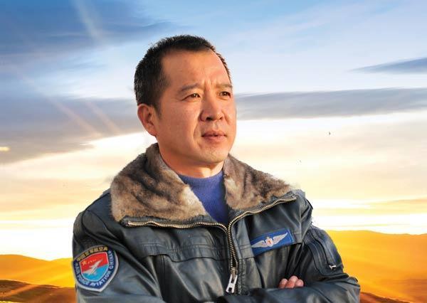 3分钟读懂空军首席无人机飞行员李浩