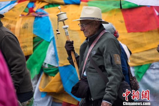 Tibetans' holy month of Saga Dawa in full swing