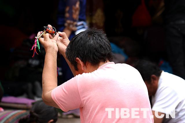 纪念释迦牟尼诞生、成道、涅槃 萨嘎达瓦节进入高峰