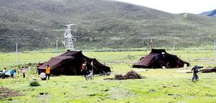 Junge Tibeter gründen die Unternehmen mit sozialer Verantwortung