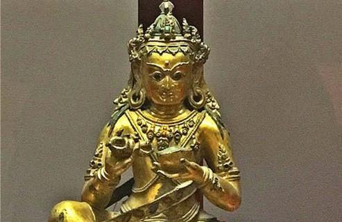 Yuan- und Ming-Buddhastatuen