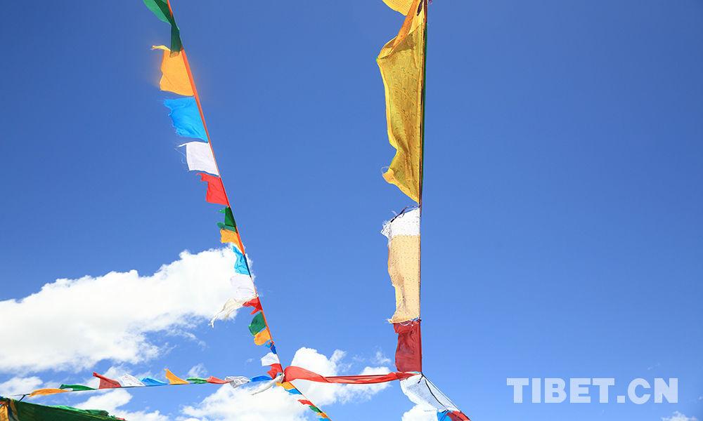 Holy prayer flags in Tibet