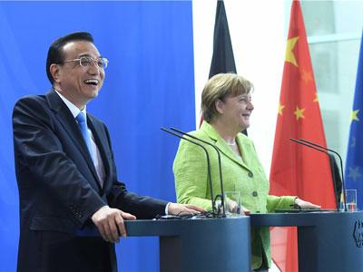 Li Keqiang und Angela Merkel senden stabiles Signal für die Welt