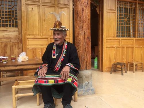 Alter tibetischer Ort in Gansu steigert Einkommen durch Tourismus