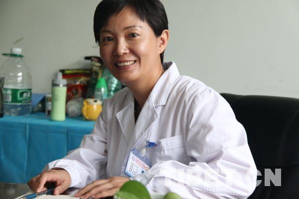 Assistenzärztin in Tibet Xinlin HOU: Pädiaterin und Mutter