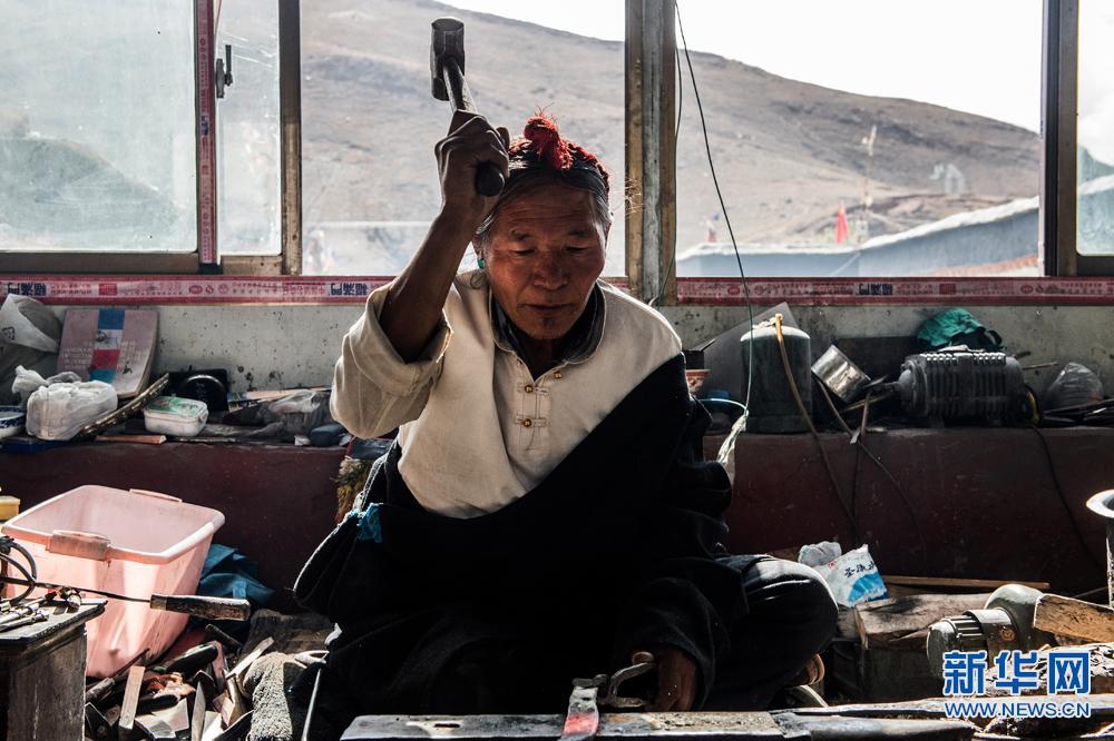 Erbe der Fertigungstechniken der tibetischen Messer
