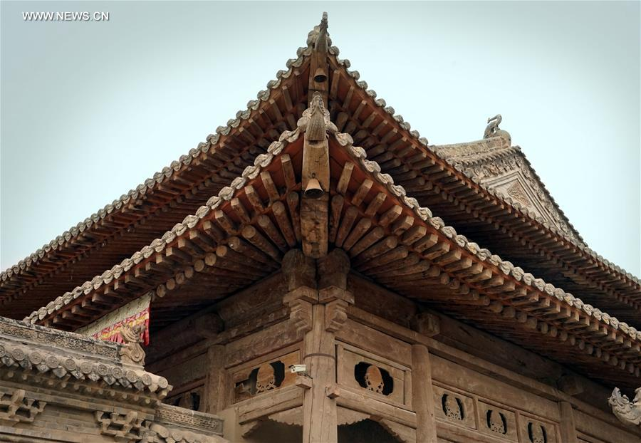Qutan-Tempel: Kaiserpalast auf dem Qinghai-Tibet-Plateau