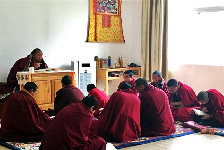 Yunnan: Deqen-Zweiginstitut des tibetischen Buddhismus
