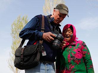 绿水青山就是金山银山 美国摄影大师镜头中的中国治沙