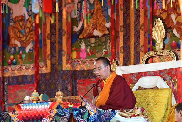 Erster Jahrestag des Time-Wheel-Vajra-Abhisheka-Rituals