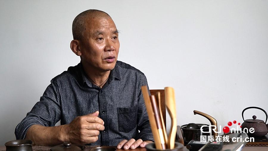 【砥砺奋进的五年】传承传统的陶艺创新精美制陶手艺