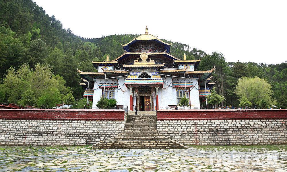 Eine fromme Reise zum Lamaling-Kloster