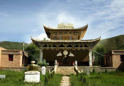 Das große Kloster Arou des tibetischen Buddhismus