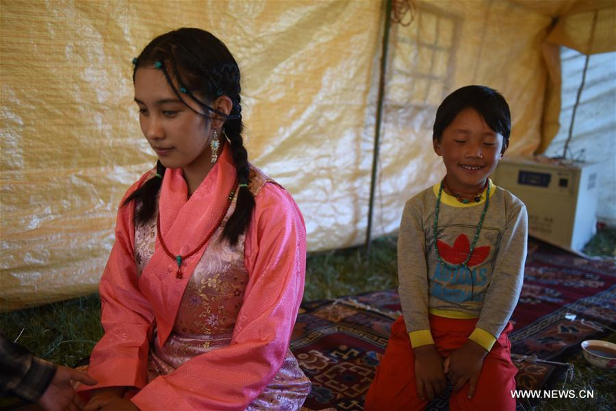 Photo story: a blind Tibetan girl's way to music