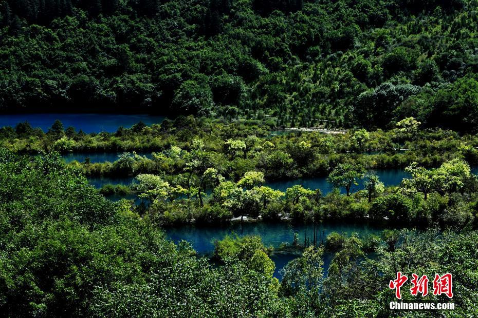 Scenery of Jiuzhaigou after earthquake