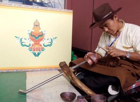 Tibetische ethnische Kunstgewerbe-ausstellung wird in Hu'nan eröffnet