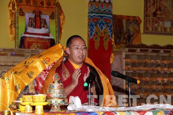 Panchen Lama besucht die weltweit größte Bronze-Tsongkhapa-Statue (II)
