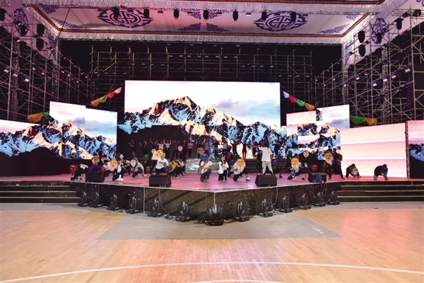 Tibetan folk opera troupes prepare for Shoton Festival