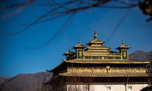 Chinesische Tibet-Kulturaustauschgruppe besucht Russland