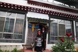 西藏异地扶贫搬迁:三有村扎西多吉一家的脱贫之路