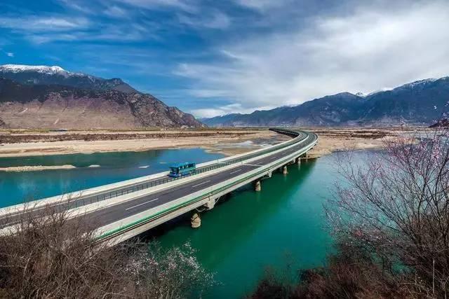 Hochkarätige Schnellstraßen als Wachstumsmotor für Tibet