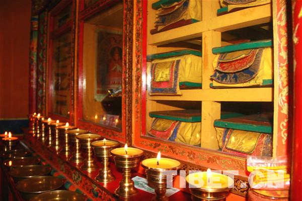 扎什伦布寺藏经阁竣工 向僧俗信众开放阅览