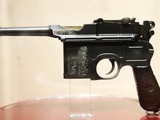 朱德、陈赓用过的各式手枪 军博喊你来看建军90周年主题展