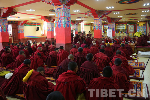 Monks travel to Tibet to debate scriptures