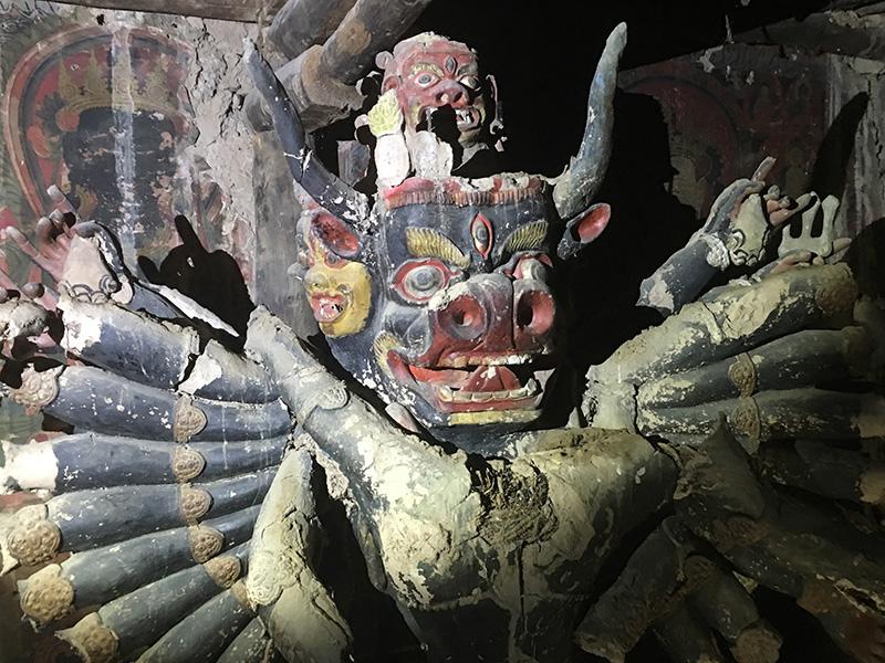 Tibetisch-buddhistische Wandgemälde und Statuen in Sichuan entdeckt