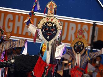 日喀则首次亮相上海旅游节展现西藏神秘文化