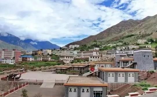 西藏重点培育26个特色小城镇