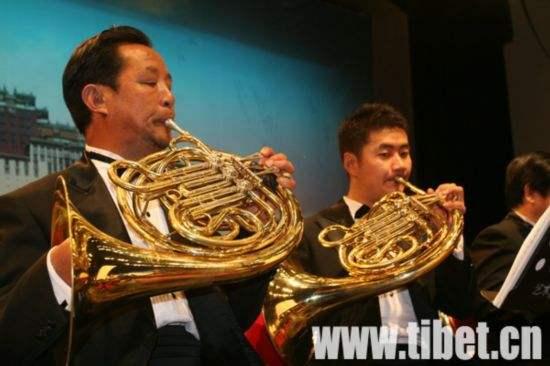 Tibetisches Orchester ist Highlight auf der Westchina-Orchesterwoche