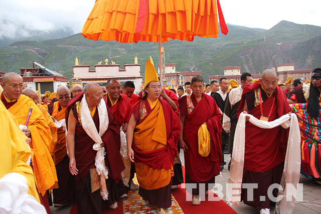 The Panchen Lama holds a Buddhist event at Chamdo