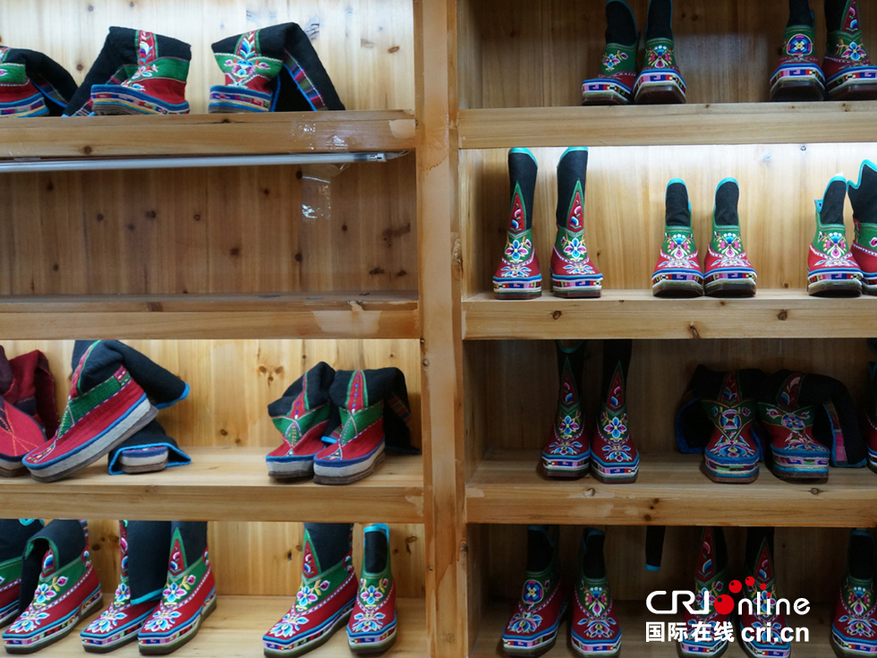 A story about Gadong Tibetan boots