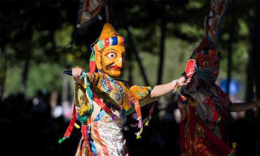 Tashilhunpo-Kloster veranstaltet Fest der springenden Götter