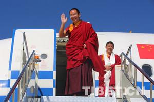 十一世班禅圆满结束在藏调研和佛事活动